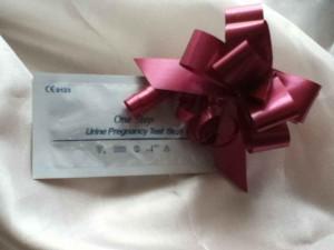 Schwangerschaftstest-positiv-Weihnachten